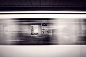 metro et publicités